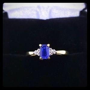 Jewelry - 🔥Weekend Sale!🔥Timeless Diamond & Sapphire Ring